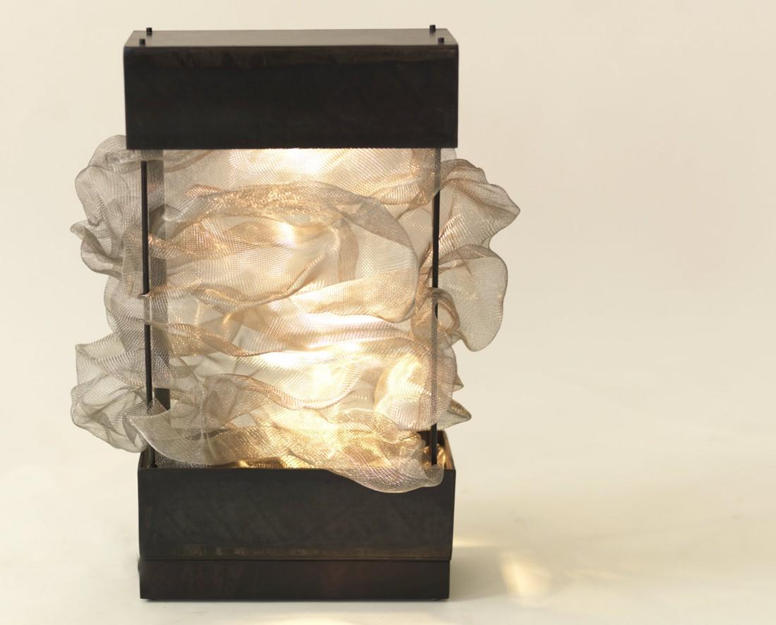 Meshu desk lamp 3-002