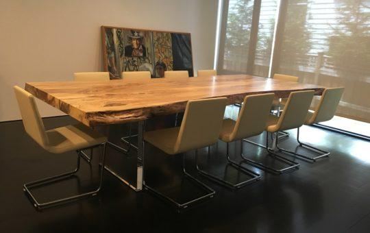 Kuria Dining Table